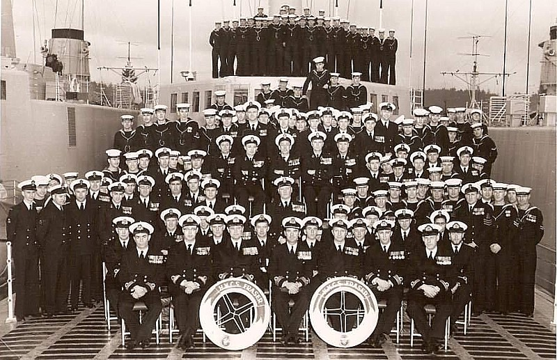 Royal Canadian Navy : HMCS Fraser ship's company, 1957.
