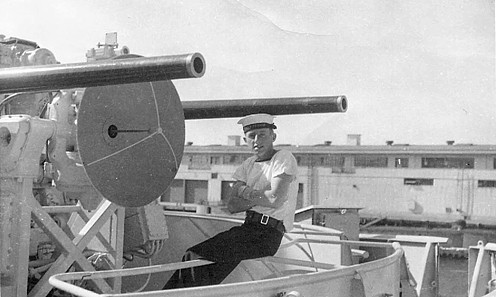 Royal Canadian Navy : Peter Friesen in San Diego, 1959.