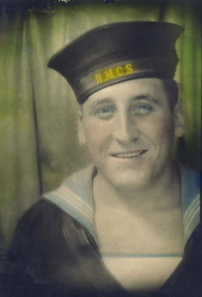 Royal Canadian Navy : Vernon Clarence Miller portrait