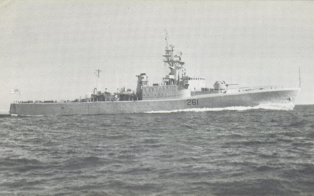 Royal Canadian Navy : HMCS Mackenzie