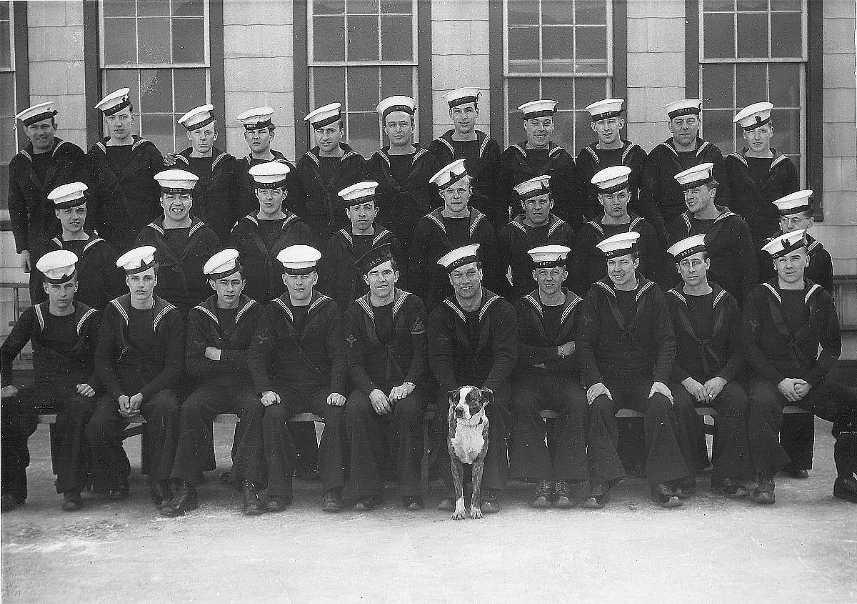 Royal Canadian Navy : HMCS Cornwallis, 1943